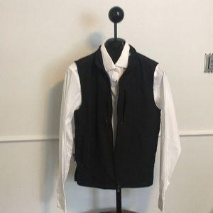 Men's small Scottevest travel vest 26 pocket